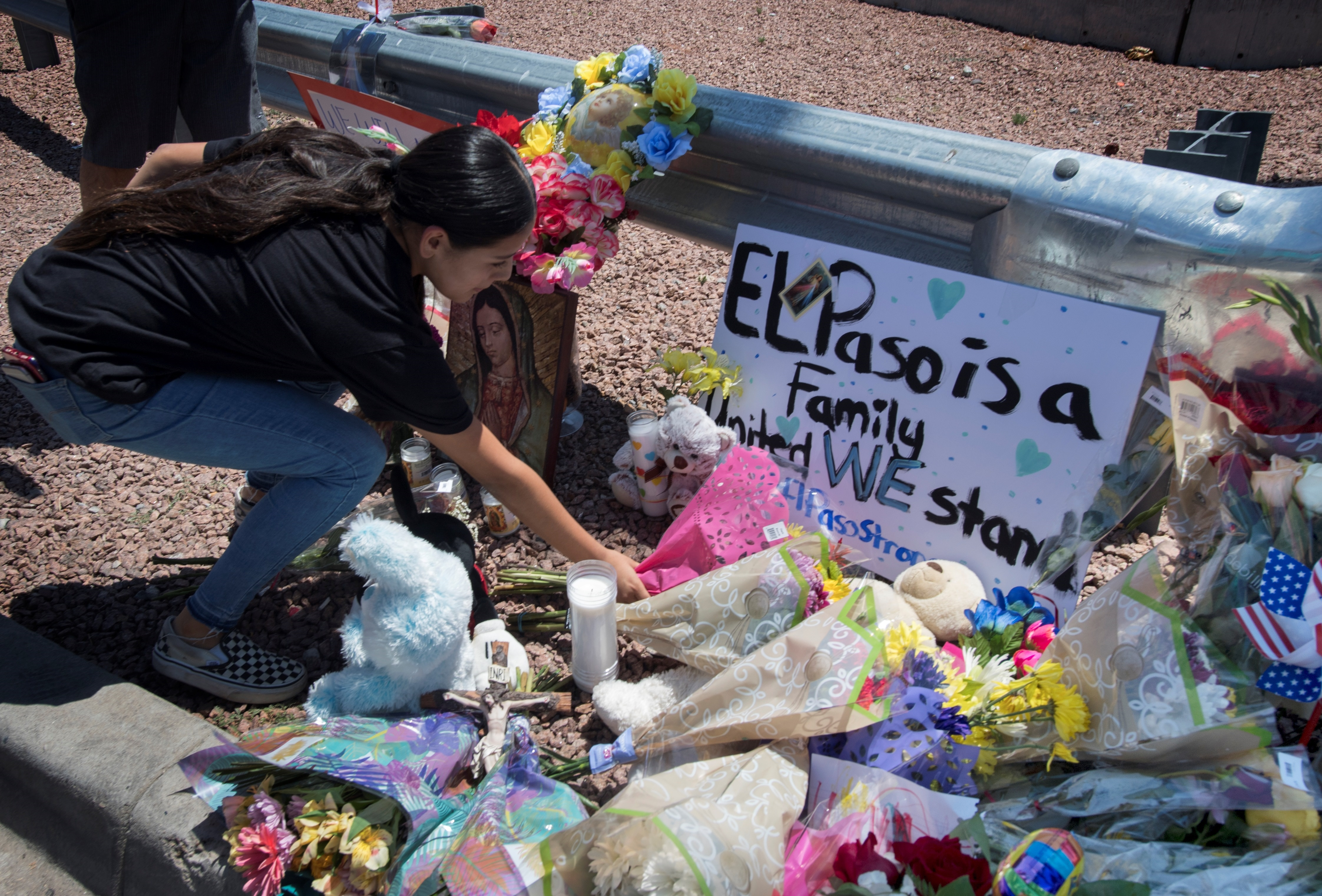 Photo of memorial in El Paso, Texas